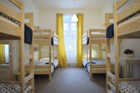 dorm 8 gran hostel accomodation