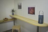kitchen bar table gran hostel